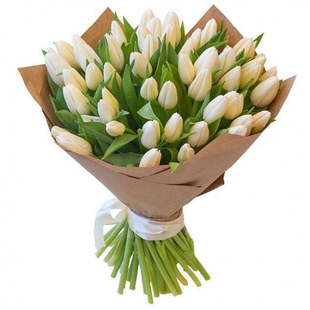 Букет из 35 белых тюльпанов